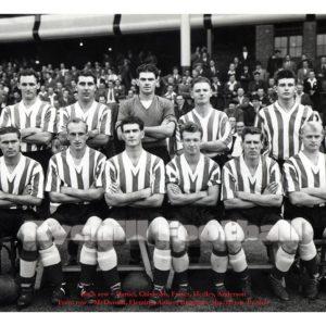 Sunderland AFC team have their photo taken prior to the thrashing of Villa.